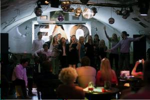 Шоу «MIDAS Night Live» 2016. Песни, танцы, стэнд-апы точно не оставили никого равнодушными. «Капустник» удался! Источник фото: https://www.facebook.com/the.midas.theatre/photos_stream