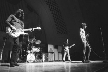 gimme-danger-c-tom-copi_the-stooges-at-hill-auditorium-ann-arbor-mi-1970-37
